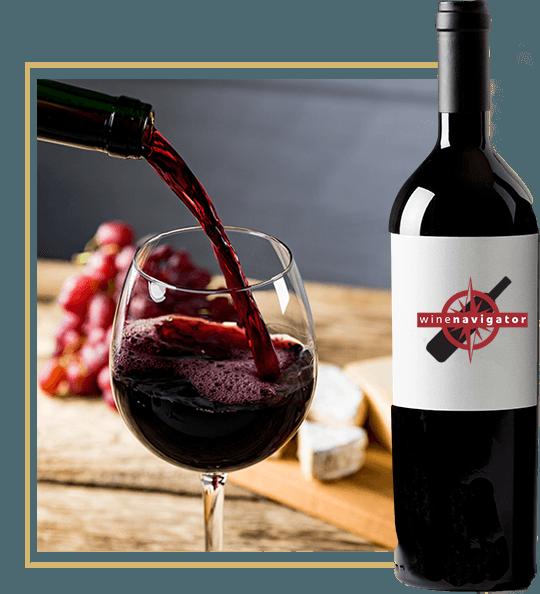 nalewanie wina do kieliszka